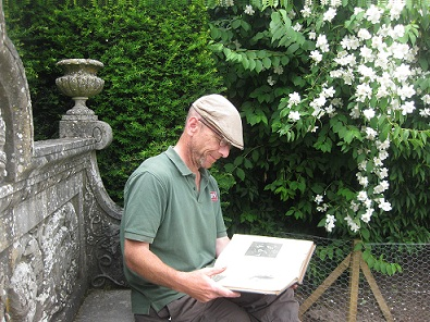 Simon Tetlow reads the Gardeners Chronicle 1918