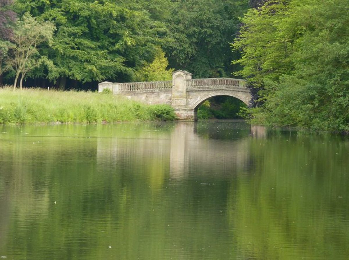Pgds 20140930 134204 Paines Bridge Temple Pool Geograph 1942122