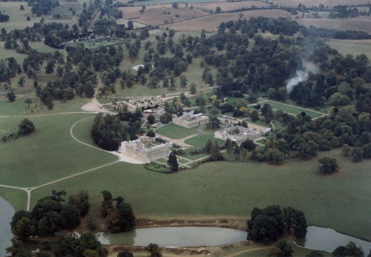 Pgds 20141001 141647 Woburn Abbey   Geograph Org Uk   613271