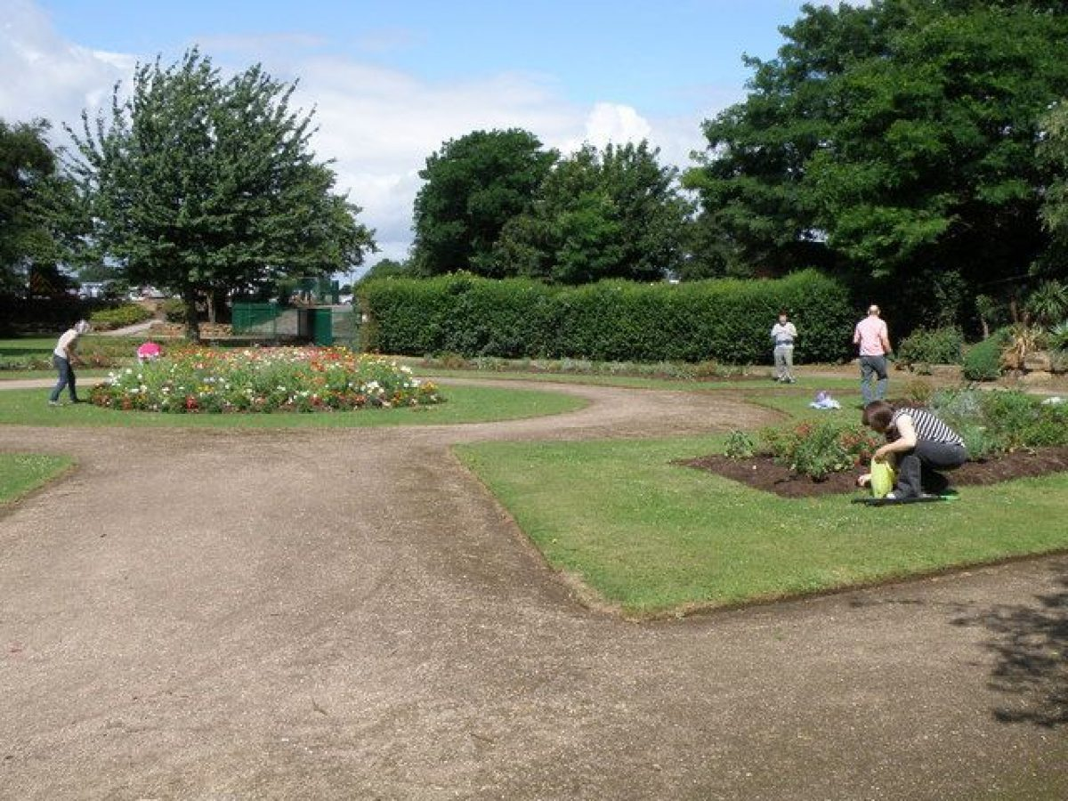 Pgds 20150817 125126 Memorial Gardens Nottingham   Geograph Org Uk   1398753