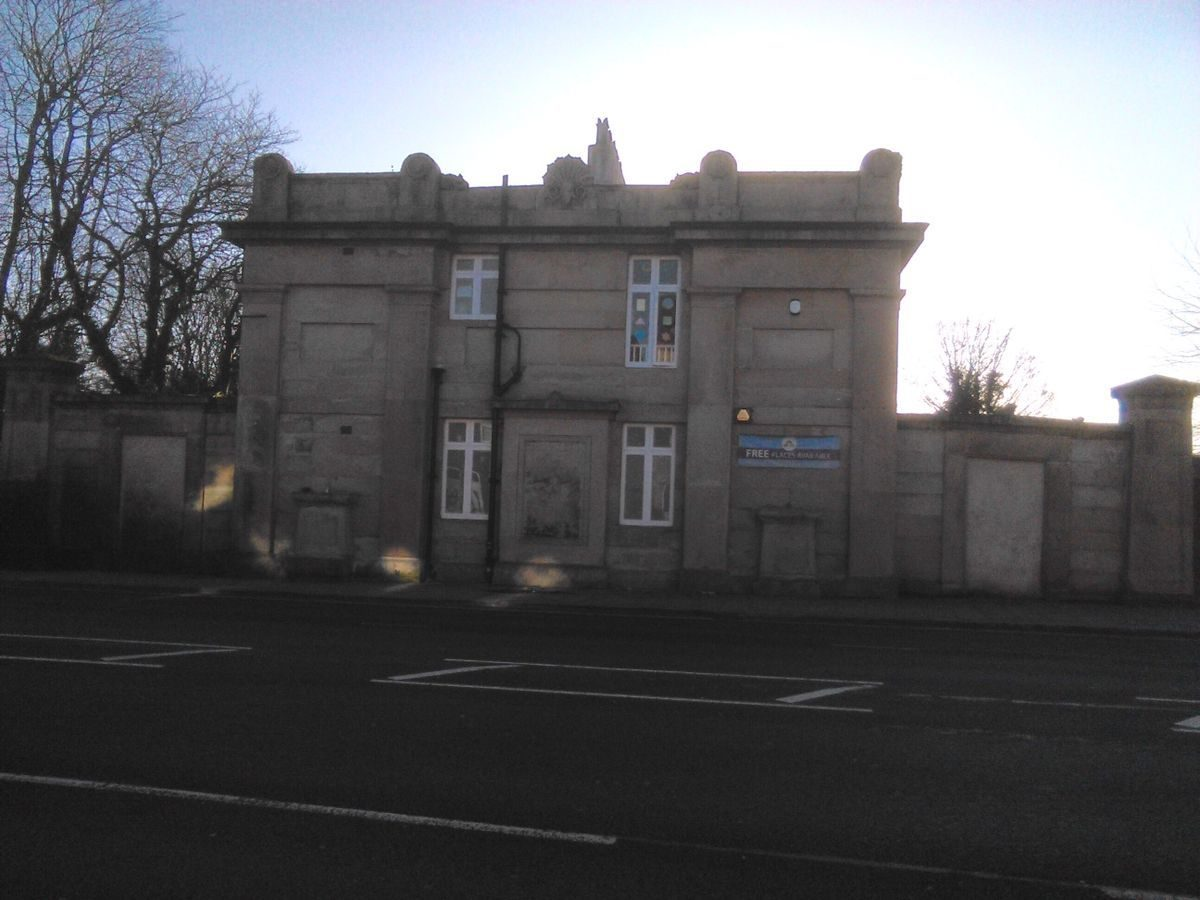 Pgds 20160104 121345 Wavertree Lodge From Edge Lane
